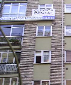 Dentista Conservador.- (Burgos)